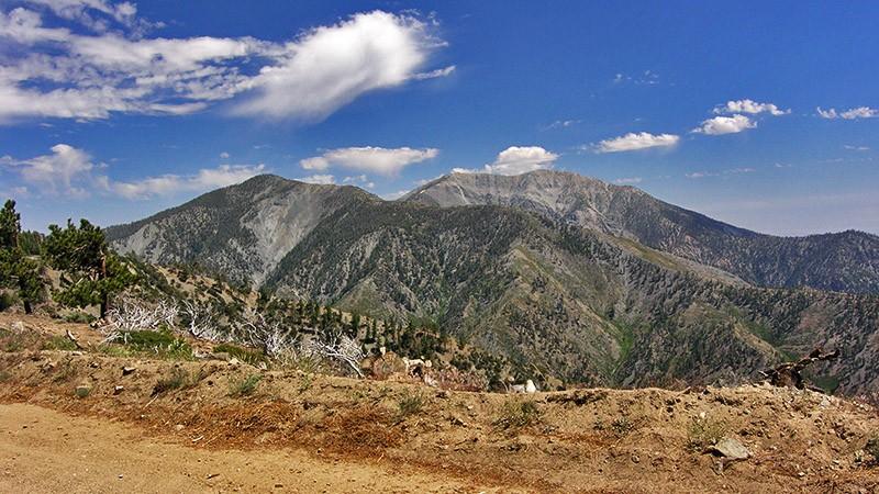 The road runs along Blue Ridge
