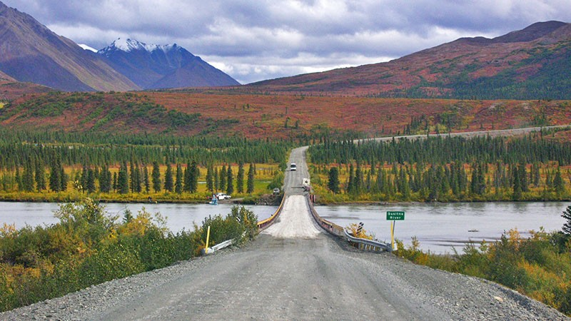 Denali Hwy crosses Susitna River