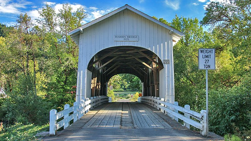 One of Willamette Valley's covered bridges